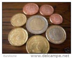 Spanje  2011    De Volledige Set Van 8 Munten / 8 Pieces De 1ct A 2 Euro .     UNC Uit De Rol  UNC Du Rouleaux - España