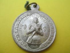 Médaille   Religieuse Ancienne  / Bienheureuse Jeanne D'Arc/Saint Michel Terrassant Le Dragon  /1909     CAN526 - Religión & Esoterismo