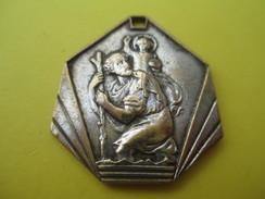 Médaille Religieuse Ancienne /Saint Christophe / Vierge Marie /Grotte De Lourdes/Début XXéme Siécle               CAN530 - Religión & Esoterismo