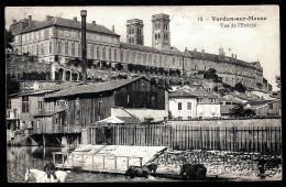 CPA ANCIENNE FRANCE- VERDUN (55)- VUE DE L'ÉVÊCHÉ- TRES GROS PLAN- L'ABREUVOIR DES CHEVAUX-  USINE- ANIMATION - Verdun
