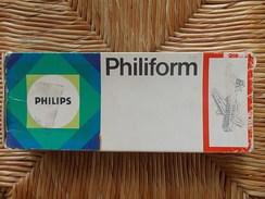 2 BOITES DE JEUX DE CONSTRUCTION PHILIPS Philiform 302  AVION PLANE  Années 1960 - Autres Collections