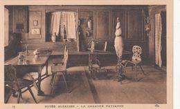 Cp , FOLKLORE , Musée Alsacien , La Chambre Paysanne - Folklore