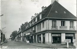 YVETOT Rue Edmond Labbé Magasin Ameublement Voiture Simca Coiffeur - Yvetot