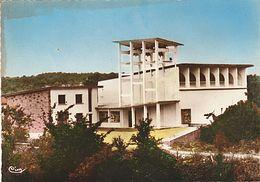 CPM 25 AISSEY L' EGLISE DE STYLE MODERNE F BARRES ARCHIT VITRAUX CHAPUIS ARCHITECTE DECORATEUR - France