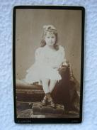 ANCIENNE PHOTO DU PHOTOGRAPHE A. LUMIÈRE A LYON DE MADELEINE CAMPIONNET EN FORMAT CDV - Personnes Identifiées
