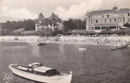 LE MOULLEAU -  ARCACHON - GIRONDE - (33) - CPSM  DENTELÉE - BEL AFFRANCHISSEMENT POSTAL DE 1957. - Arcachon