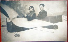 EN AVION CARTE FANTAISIE MONTAGE SURREALISME  ANNEES 1910/1920 - Other