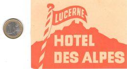 ETIQUETA DE HOTEL  -HOTEL DES ALPES  - LUCERNE  . SUIZA - Hotel Labels