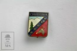 Vintage Chamonix - Mont Blanc, France Tourism Badge - Fútbol