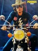 GRAND  POSTER  570 X 420 - Chanteur JOHNNY HALLYDAY  Sur Sa Moto - Posters