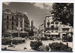 Espagne--FIGUERAS--Rambla Y Avenida General Mola (animée ,voitures,autocars)--timbre Non Oblitéré - Gerona