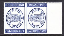 FINLAND  341 A X 2    **   STAMPS  ON  STAMPS - Finland
