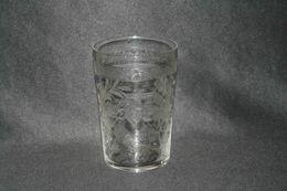 Ancienne Timbale Verre De Communion Cristal Fleurs Monogramme J XIX ème - Glass & Crystal