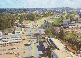 Cameroun        H13      YAOUNDE.Place Amadou Ahidja - Cameroun (1960-...)