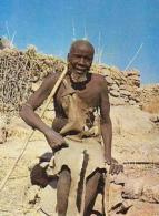 Cameroun        H14      OUDJILA.Vieillard Podokno - Cameroun (1960-...)