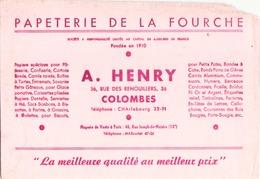 France Buvard Papeterie De La Fourche à Colombes ( Pliure, Auréole, Déchirure, Manque Coin Droit ) 21,5 Cm X 14,5 Cm - Stationeries (flat Articles)