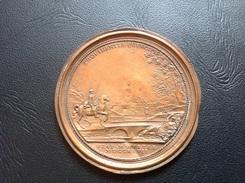 Medaille Cuivre Galvanoplastie PROVIDENCIA PRINCIPIS VIA MUTINAE 1727 - Coppers