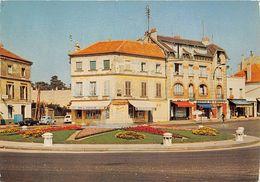 78-LE VESINET- PLACE DE LA REPUBLIQUE - Le Vésinet