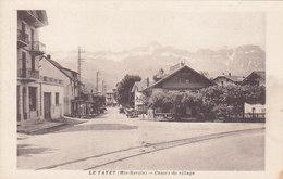 LE FAYET : Le Centre Du Village - Otros Municipios