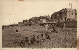 14 - LUC-SUR-MER - Plage - Digue - Luc Sur Mer
