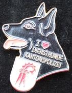POLICE DE LA VILLE DE BALE CAMPAGNE - SUISSE - POLIZEI BASEL LAND - DOG - CHIEN - HUND - BRIGADE - (JAUNE) - Police