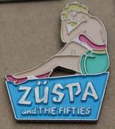 PIN UP - BLONDE  - ZÜSPA AND THE FIFTIES  -                                      (JAUNE) - Pin-ups