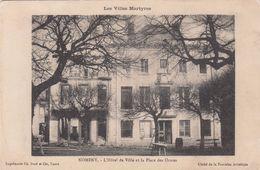 Cp , 54 , NOMÉNY , Les Villes Martyres , L'Hôtel De Ville Et La Place Des Ormes - Nomeny