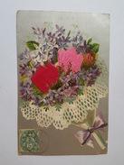 Jolie Carte Gaufrée Et Argentée - Fleurs En Tissu - Fleurs