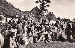 Guinee Tam Tam Au Village Group Of Villagers In Native Dress 1957 Photo - Guinea