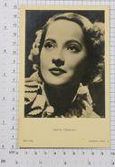 MERLE OBERON - Vintage PHOTO POSTCARD (344-B) - Actors