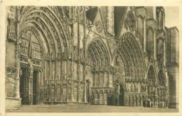 18 - BOURGES - La Cathédrale - Détail De La Façade - Bourges