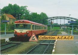 Autorail X 4380, En Gare De Sarreguemines (57) - - Stations With Trains