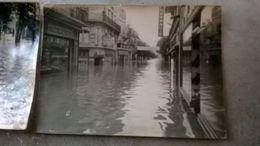 19 - 2 PHOTOS DES INNONDATIONS DE BRIVE LA GAILLARDE  LES 3 ET 4 OCT 1960 - Places
