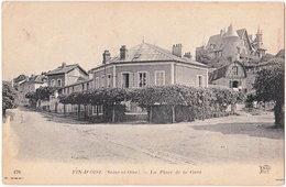 78. FIN-D'OISE. La Place De La Gare. 478 - Conflans Saint Honorine