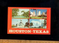 HOUSTON Texas USA : Warship  Nasa Space Rocket Fusée Spéciale & Navire De Guerre US Navy - Houston