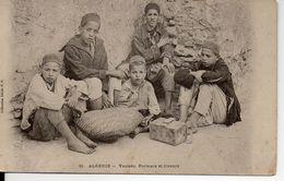 ALGERIE : YAOLEDS, PORTEURS Et CIREURS - Kinder
