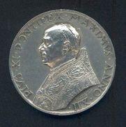 VATICAN : Médaille Avers « PIUS XI PONTIFEX MAXIMUS – ANNO XII » Revers « ANN. SCS. REDEMPTIONIS  MCMXXXIII &ndash - Jetons & Médailles