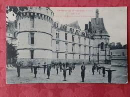 Dep 76 , Cpa  Chateau De MESNIERES , 6a , Coté Est , Une Leçon De Gymnastique (109) - Otros Municipios