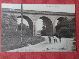 Dep 76 , Cpa EU , 17 , Le Viaduc  (117) - Eu