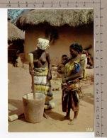 L'Afrique En Couleurs - Pileuses De Mil / Africa In Pictures - Women Grinding Of Mil - Personnages