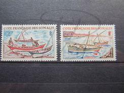 VEND BEAUX TIMBRES DE LA COTE FRANCAISE DES SOMALIS N° 320 + 321 , X !!! - Côte Française Des Somalis (1894-1967)