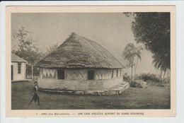 LANO - WALLIS ET FUTUNA - ILES WALLIS - UNE CASE INDIGENE SERVANT DE GRAND SEMINAIRE - Wallis-Et-Futuna