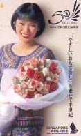 Télécarte  JAPON * SINGAPORE AIRLINES   (2262)  STEWARDESS * Phonecard JAPAN * Airplane * Flugzeug AVION * AIRLINES * - Flugzeuge