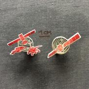 Badge (Pin) ZN005702 - Satelite And Lunar Vehicles Space Program - Spazio