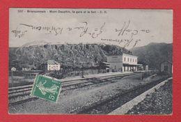 Mont Dauphin /   La Gare Et Le Fort - France
