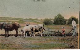 LE LABOUREUR - Equipos
