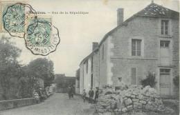 BUXIERES RUE DE LA REPUBLIQUE 10 AUBE - Frankreich