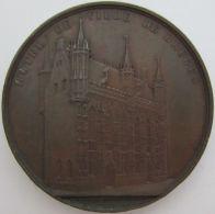 M02040  HOTEL DE VILLE DE BRUGES  (58g)  Première Pierre Posée En 1377 Par Louis De Male...... Au Revers - Professionnels / De Société