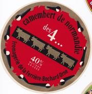 Camenbert Fabriqué En Normandie : Fromagerie De La Ferrière Bochard Dans L´Orne - Fromage