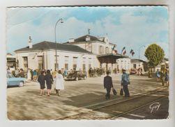 CPSM ARGENTEUIL (Val D'Oise) - La Gare - Argenteuil